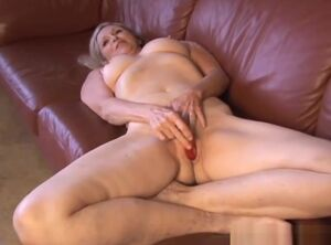 Juicy mature pussy