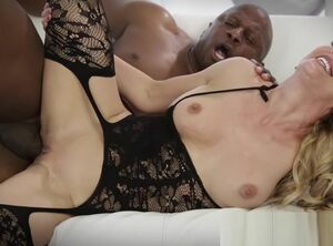 Blacks on blondes blowjob